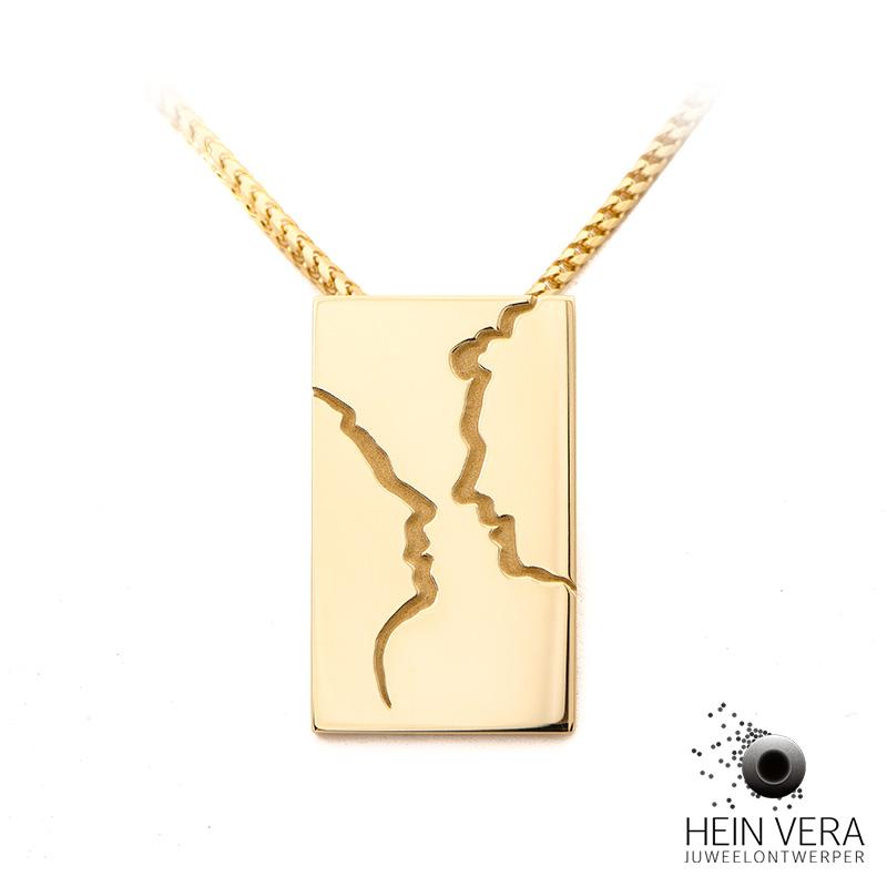 hanger-in-geel-goud-met-profieltjes-van-het-koppel_heinvera
