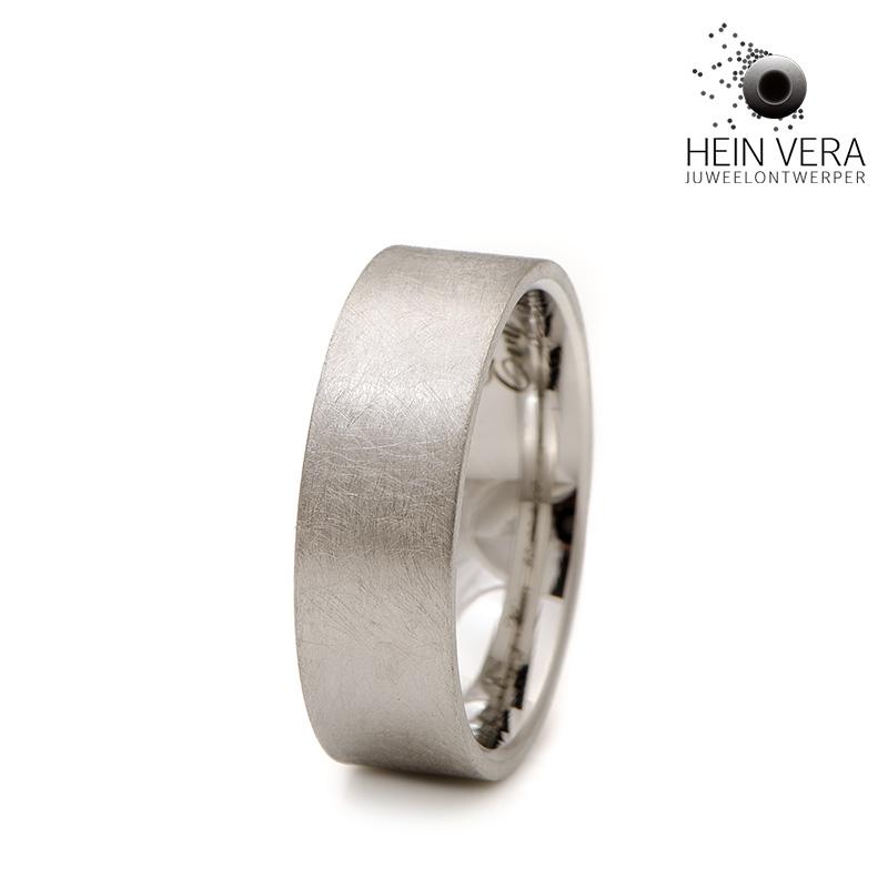 Trouwring-in-cobalt-chroom_heinvera