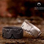 Zwarte trouwring in zirkonium en grijze trouwring in titanium_heinvera