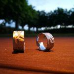 Ruwe trouwringen in cobalt-chrome door Hein Vera