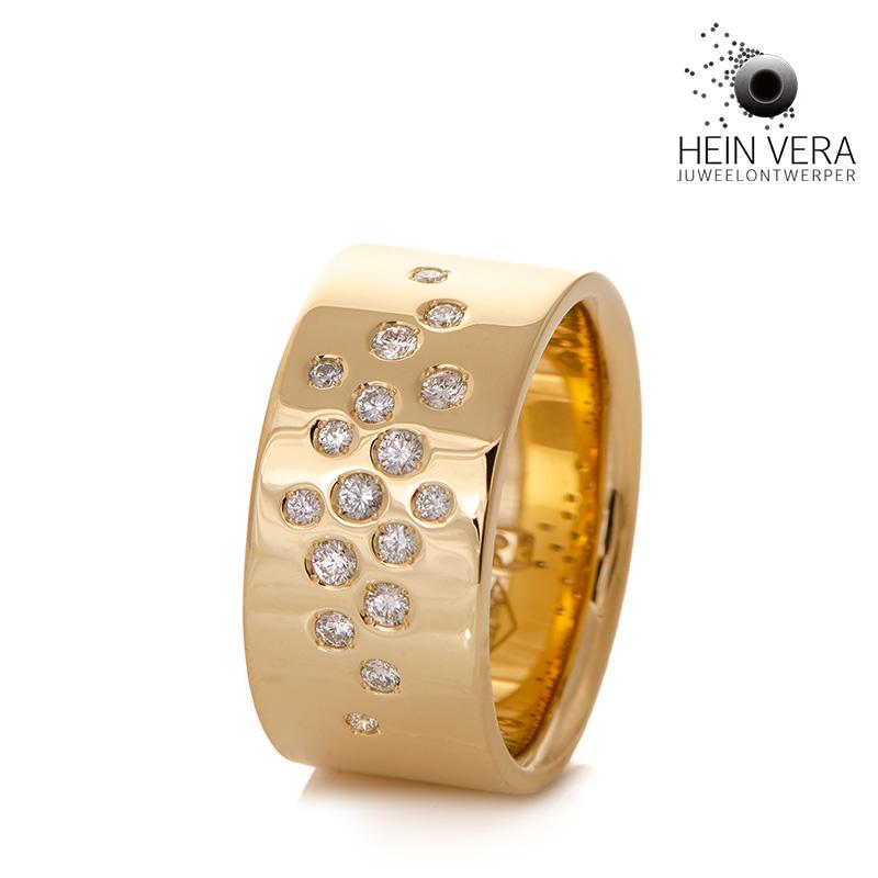 Geel gouden ring met diamantjes_HeinVera