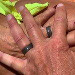 Zwarte trouwringen in zirkonium met elk een diamantje_heinvera