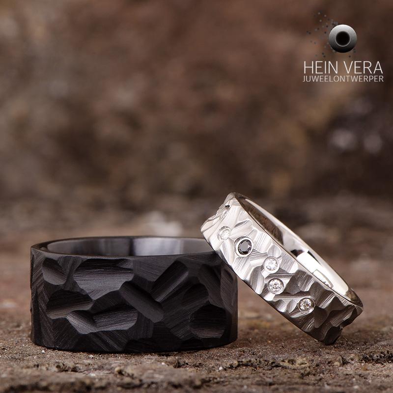 Zwarte trouwring en cobalt-chrome ring met diamantjes_heinvera