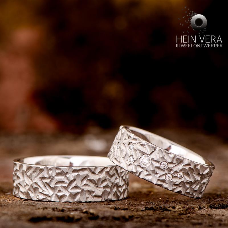 Brute trouwringen in cobalt-chrome met diamantjes_heinvera