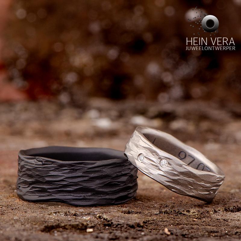 Trouwringen in zwart zirkonium en titanium met diamantjes_heinvera