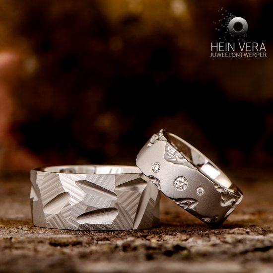 Trouwringen in cobalt-chrome met diamantjes_heinvera