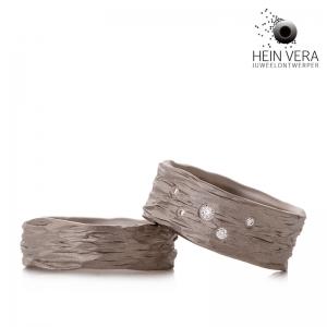 Titanium trouwringen met diamantjes HeinVera